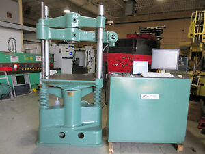 SOUTHWARK-EMERY TENSILE TESTER COMPRESSION TESTER CAPACITY: 60000 LBS. UTM