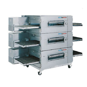 Lincoln 1600-FB3G Gas LowProfile Triple Stack Conveyor Oven W Fastbake