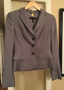 Authentic Escada Designer Pants Suit Wool  Silk - Size Small (European 34)