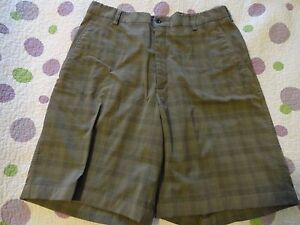 Nike Golf Fit Dry Men's Golf Athletic Shorts Flat Front Green Plaid  (32-33 x 9)