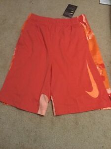 Nike dry fit boys red shorts size large NWT