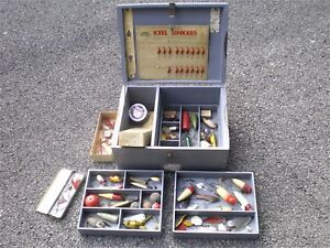 VINTAGE ANTIQUE TACKLE BOX HUGE LOT ANTIQUE LURES AND TACKLE RARE EARLY LURES