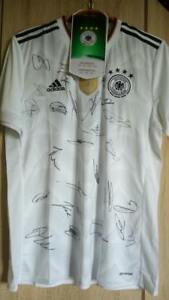 Bundesteam Germany football Signed t-Shirt Genuine Autographed of all line-up