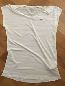 NIKE Fit Dry Women's White Sheer T Shirt Extra SMALL New Without Tags