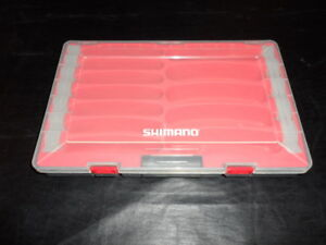 s6976 RED Shimano TACKLE BOX Floating Fishing Lure Case SHM37CB Nice one!