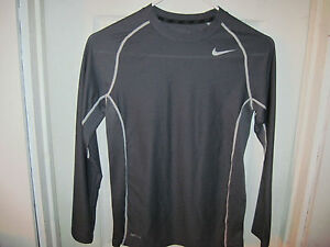 NIKE FIT DRY COMPRESSION SHIRT ATHLETIC TYPE YOUTH SIZE MEDIUM M GREAT CONDITION