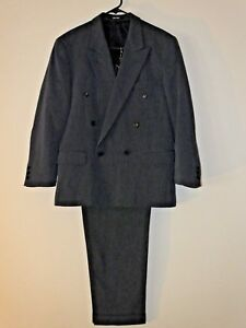 NEW FAST size 46R blue men 3 button suit. 100% wool...