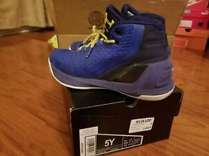 REDUCED - UNDER ARMOUR UA Curry 3 Dub Nation Heritage Blue BOYS SIZE 5Y