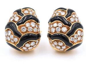 Van Cleef & Arpels Diamond And Onyx Ear Clips In 18k Yellow Gold VCA 36.8grams