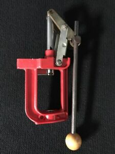 Lee Precision Challenger Breech Lock Single Stage Press with Bushings