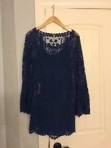 Free People Navy Blue Lace Bell Sleeve Dress Medium Women's Short Cocktail