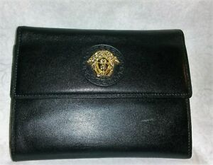 GIANNI VERSACE WOMEN VINTAGE BLACK LEATHER TRI-FOLD MEDUSA WALLET~EXCELLENT!!