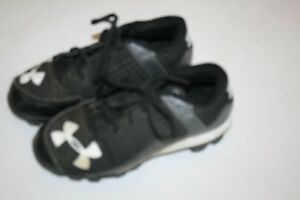 Under Armour Youth 1Y Black and White 1250082-001 Cleats Shoes Boy Girl BSBL SOC