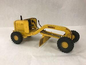 Vintage TONKA tractor road grader truck steel construction toy collectible