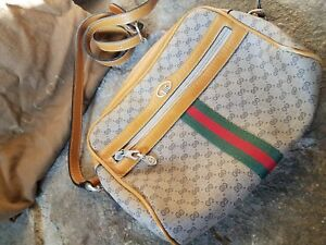 Authentic Vintage Gucci Purse Small
