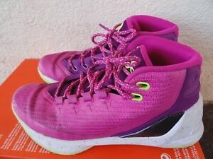 Under Armour SC Basketball shoe Youth Girls Curry 3 - Lunar Pink Youth Size 6Y