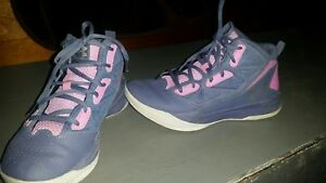 Under Armour Girl's 5.5 Grade School UA Jet Mid Basketball Shoes Sneakers EUC!