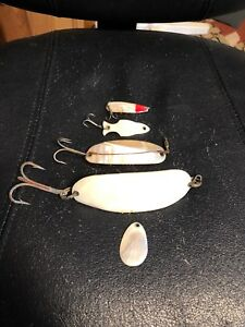 4 Vintage Fishing Lures Lot Mother Of Pearl Spinners Wobblers Minnow Abalone