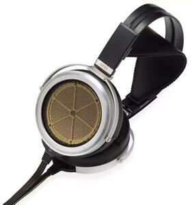 NEW STAX SR-009S Earspeakers New Flagship