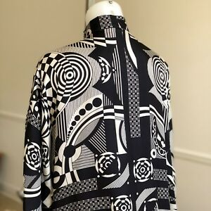 GIANNI VERSACE silk women's shirt w french cuffs Optical print size Italian 42