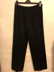 Vintage St. John Black Knit Pants Pleated Front with Faux Pockets Sz 8