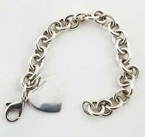 Tiffany & Co. Heart Tag Charm Bracelet Chain 925 Sterling Silver Authentic Pouch
