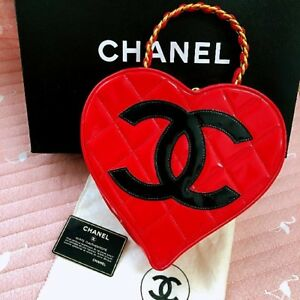 CHANEL Heart Vanity Hand Bag Red Enamel Leather Woman Luxury Auth Mint Rare !!