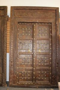 Antique Doors Indian Architectural Gothic Door Fish Peacock Horseshoe Design 18C
