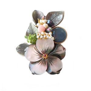 HANABE KOREA Handmade Flower Mother of Pearl Antiqued Brooch Pin Pendant Gray