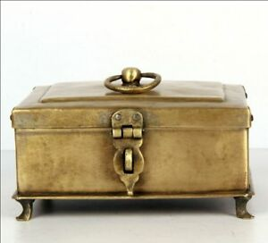 Vintage Brass Hand Carved Four Legs Betel Nut Box Spices Box with Round Handle