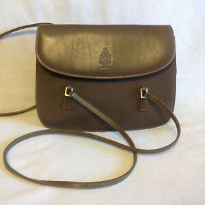 VINTAGE  MARK  CROSS  NEW  YORK  SMALL  OLIVE  LEATHER  SHOULDER  BAG