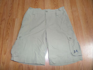 Under Armour Kids Boys Golf Cargo Shorts Athletic Size Youth Large Tan Loose Fit