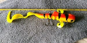 MUSKY Bull Dawg Bull Innovations Fishing Lures Fluorescent Perch 🐟