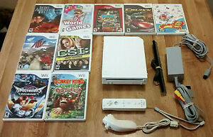 Nintendo Wii Console With Donkey Kong Country Plus 8 Games 3 more in channels