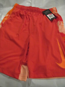 Nike boys  dry fit athletic shorts. size L.