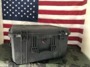 Pelican 1620 Protector Case Black Hard Rolling Travel Case --Free shipping--