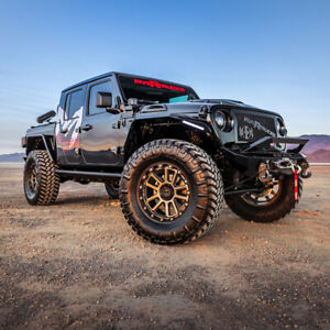 2020 Jeep Wrangler Black With Bronze Accents 2020 Jeep Gladiator Hellcat 6.2L Super Charged Custom 4x4
