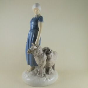 SHEPHERDESS 2010 by BING GRONDAHL Porcelain Figurine Girl with Sheep AS IS $68.00