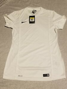 NEW Nike Dry Fit 100% Polyester Women's Sports Shirt Color White Size Medium M $15.00