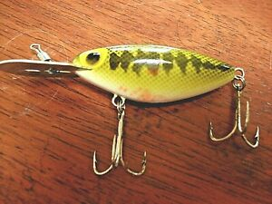 """Vintage Storm Thin Fin Hot'N Tot Green & Yellow Lure. Pat. # D-226-658 3 34"""""""