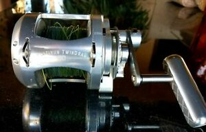 Accurate Twin Drag 50 Big Fishing Reel Good condition