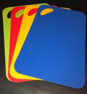"""4 Assorted Color Chopping Slicing Cutting Flexible Mats NEW Med Size 11.5""""x7.5"""""""