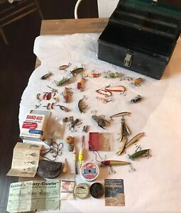 Vintage Metal Tackle Box Full Of Old Lures Bobbers Hooks Heddon Arbogast Cool !!