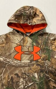 Youth Under Armour Camouflage Hoodie Size Youth Med pit 2 pit 19 Long Sleeve $15.75