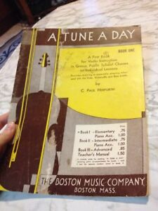 A Tune a Day Book 1 a First Book for Violin Instruction Paul Herfurth Individual