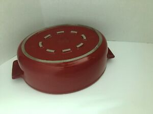 Emile Henry Made In France Flame Oval Stewpot Dutch Oven, 4.7  quart, Burgundy