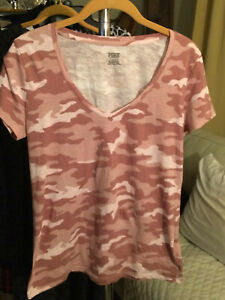 Pink Camouflage Short Sleeve V Neck Cotton Size Small