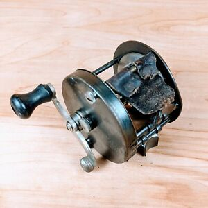4 Brothers Trade Mark Pontiac 357 Fishing Reel Authentic Rare Made in USA $39.99