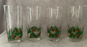 Christmas Glass Tumblers 4 Holly Leaves Berries amp; Pinecone 12oz Holiday Glasses