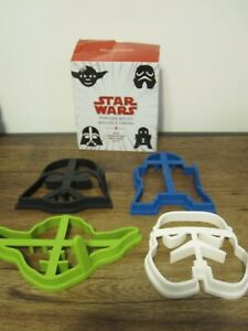 WILLIAMS SONOMA SET OF 4 STAR WARS Silicone PANCAKE MOLDS / MSRP $20